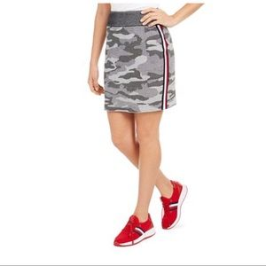 Tommy Hilfiger Gray & Black Camo Mini Skirt